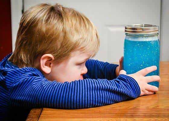 Sensoryczne butelki - zbawienny wynalazek