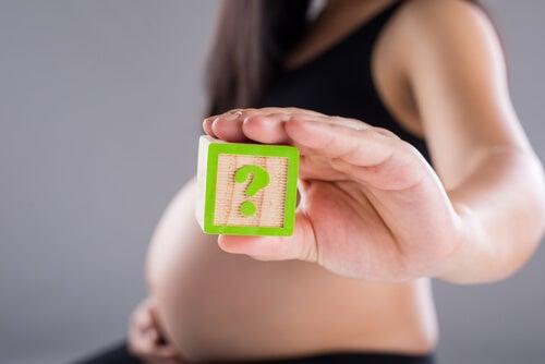 Cesarskie cięcie czy poród naturalny – co jest lepsze?