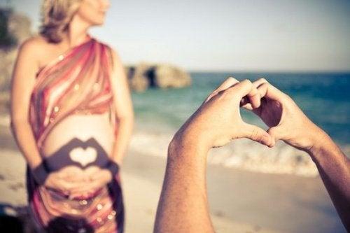 cień w kształcie serca