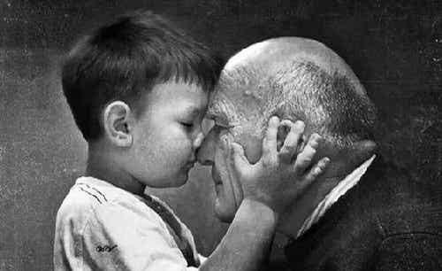 Dziadkowie żyją wiecznie w pamięci swoich wnuków