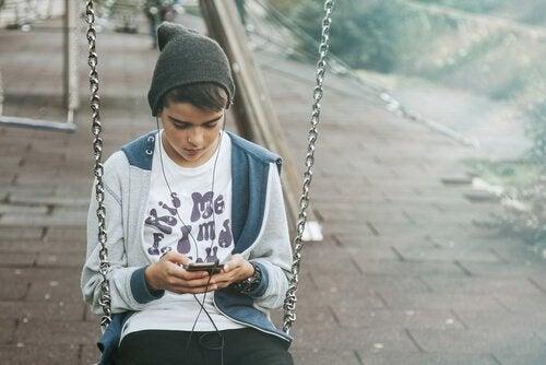 Dzieci nie powinny używać smartfonów