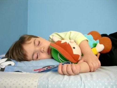 Dziecko późno chodzi spać - konsekwencje
