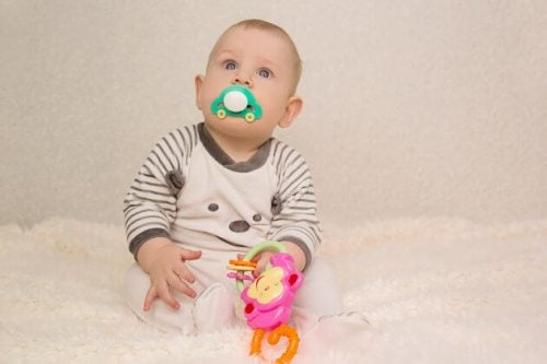 Dziecko w 4 miesiącu życia