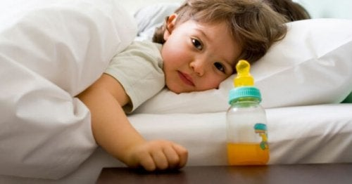 Odzwyczaić dziecko od karmienia w nocy