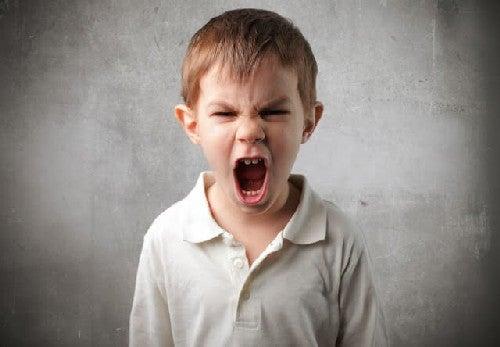 Ataki złości u dziecka - jak sobie z tym poradzić?
