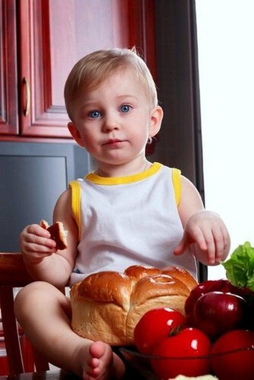 Dziecko je posiłek