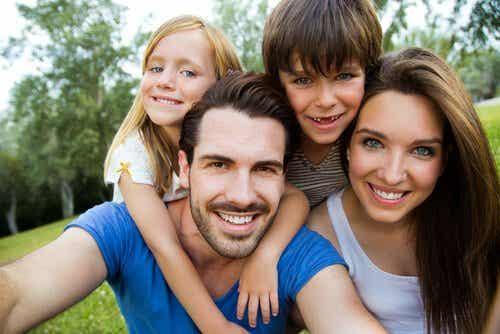 Kolor oczu i włosów dziecka – od czego tak naprawdę zależy?