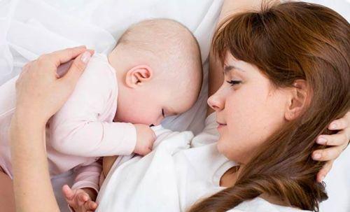 Zostać mamą po raz pierwszy i nie zwariować - jak to zrobić?