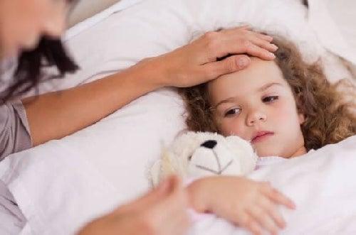 Dziewczynkę trapi gorączka