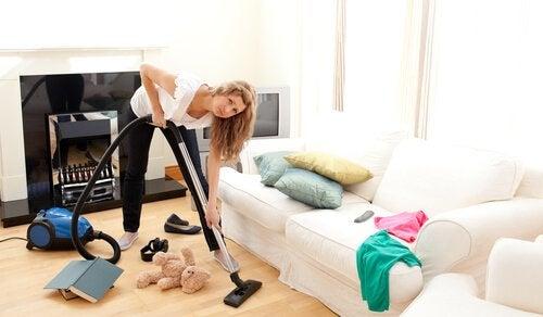 Sprzątanie a organizacja czasu mamy