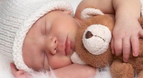 Kiedy w końcu moje dziecko prześpi całą noc?