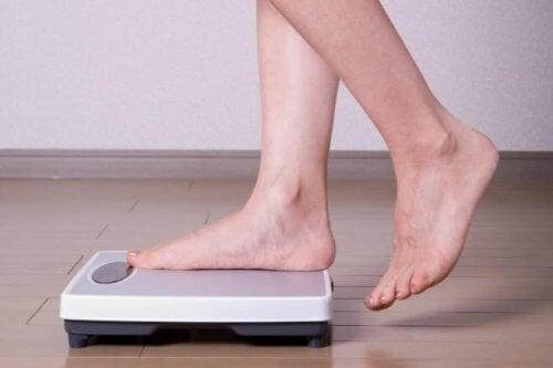 Kontroluj regularnie wagę podczas ciąży.