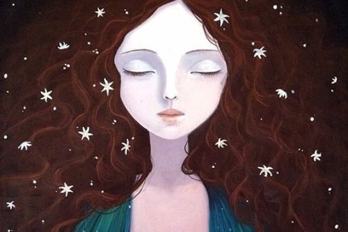 Dbanie o siebie - kobieta z zamkniętymi oczami i kwiatami we włosach