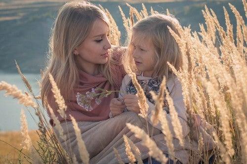Dziewczynka z ciocią