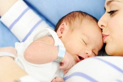 Mama z niemolakiem, po porodzie