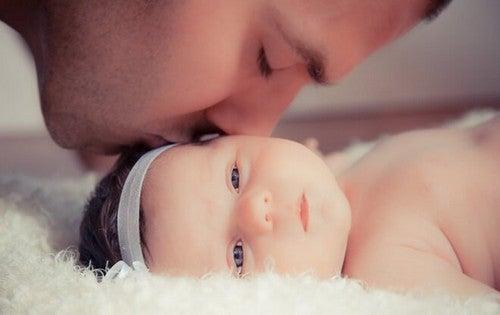 Relacja ojca z córką jest silniejsza niż jakakolwiek inna więź