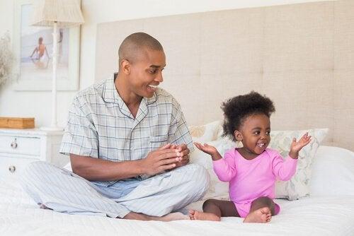 Uczenie dziecka okazywania czułości