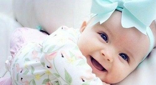 Marzę o małej księżniczce, która znajdzie się w moich ramionach