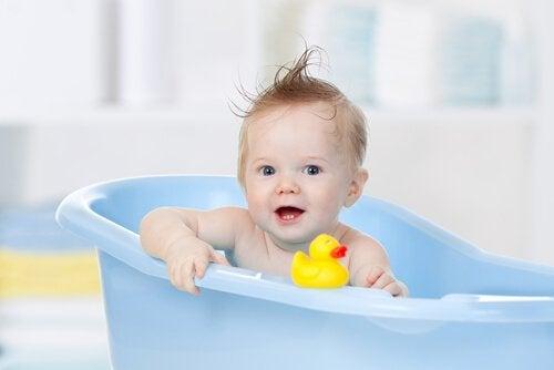 Idealna temperatura wody do kąpieli dziecka