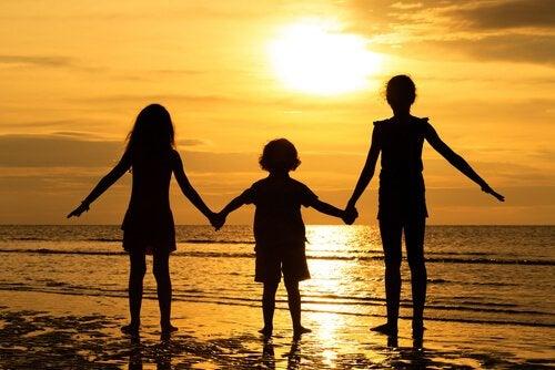 Agresywne zachowania u dzieci: 7 porad, jak je wyeliminować