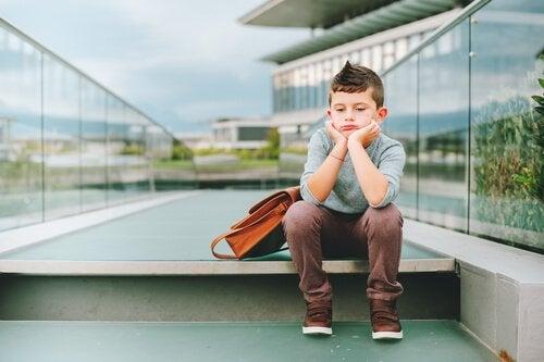 Brak zabawy w wieku dziecięcym – jak wpływa na malucha?
