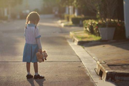 Depresja dziecięca: przyczyny, zapobieganie i leczenie
