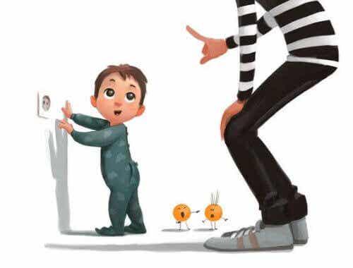 Gniazdka elektryczne - jak oddalić od nich dzieci