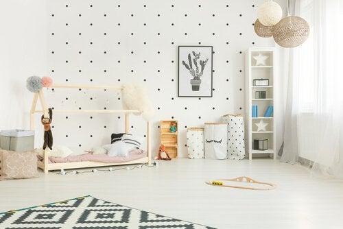 Jak urządzić pokój dziecka według metody Montessori