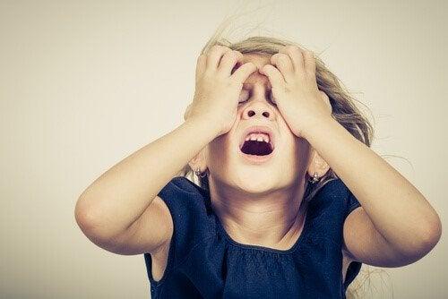 Dziecięcy niepokój – jak mu zaradzić? Oto 6 wskazówek!