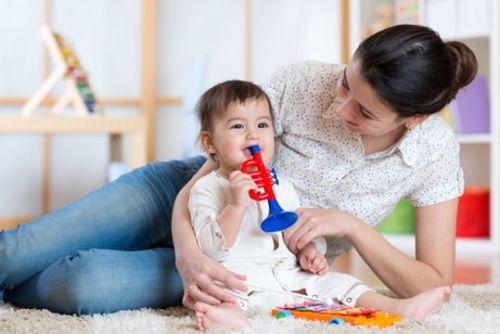 Zapewnić rozrywkę dziecku w ciągu dnia: 3 sposoby