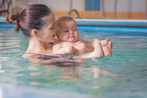 Pływanie z mamą