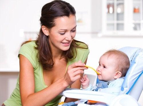 Prawidłowe odżywianie w pierwszym roku życia dziecka