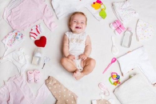 Ubrania dla noworodków na lato – jakie wybrać?