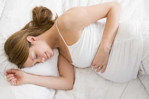 Ciąża - 5 najwłaściwszych pozycji do spania dla kobiet