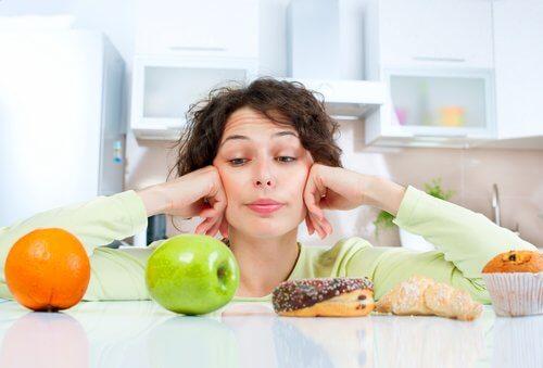 Dieta po porodzie: czy mogę się odchudzać?