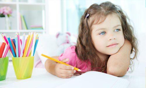 Zapewnij dziecku odpowiednie miejsce i warunki do nauki.