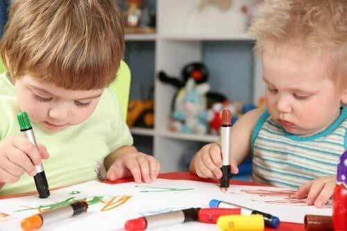 Rysunki dzieci i ich znaczenie - musisz to wiedzieć!