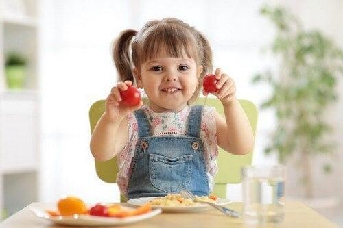 Żywność, która sprzyja wydajności intelektualnej: 15 przykładów