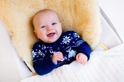 Wygoda, stabilność i bezpieczeństwo to najważniejsze cechy odpowiedniego hamaku dla dziecka.