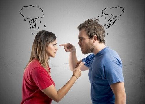 Kłótnie przy dzieciach mogą mieć bardzo poważne konsekwencje dla całej rodziny.