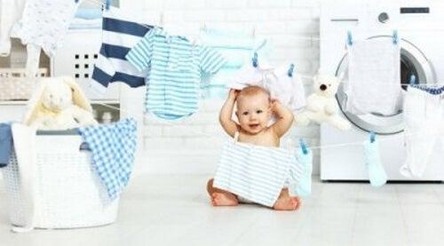 Pranie ubranek dziecięcych - praktyczne porady