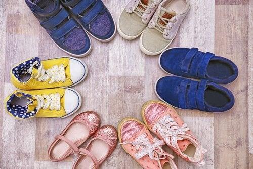 Wybór butów dla dziecka – kilka wskazówek dla rodziców