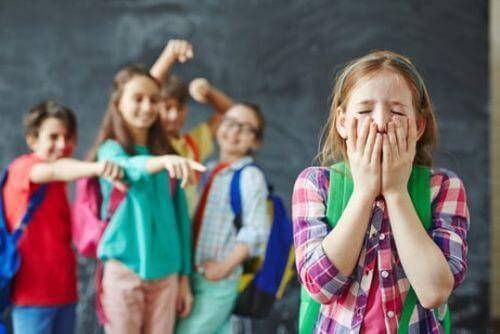 Wyśmiewanie się w szkole