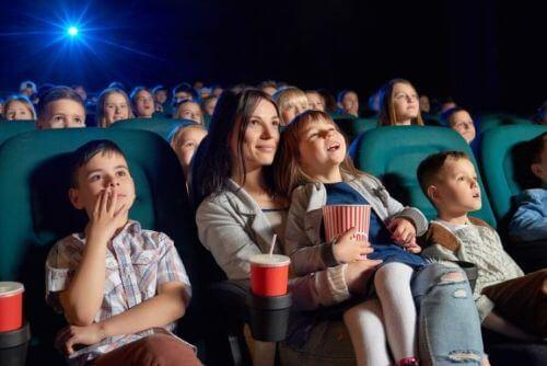 Filmy dla dzieci: najlepsze tytuły dające wiele korzyści