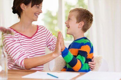 Mama z dzieckiem - zaburzenia spektrum autyzmu