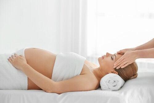 Masaż dla kobiety w ciąży