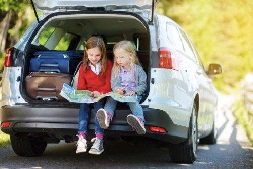 Gry na podróż: 8 doskonałych pomysłów dla całej rodziny