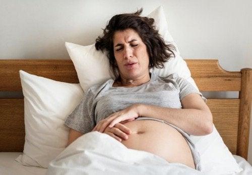 Hemoroidy podczas porodu: co powinnaś wiedzieć?