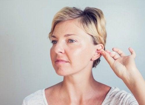 Higiena uszu: jak prawidłowo o nią dbać?