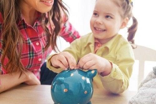 Jak nauczyć dziecko wartości pieniądza?